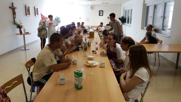 20160625 130506 Marijansko zavjetno hodočašće - Gospin ručak u Hosani