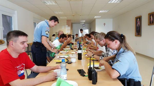 20160625 133622 Marijansko zavjetno hodočašće - Gospin ručak u Hosani